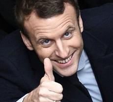 Macron, verso la guerra per arricchire la Francia