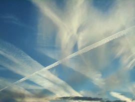 Scie che diventano nuvole