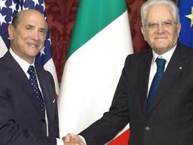 L'ambasciatore Lewis Einsenberg con Mattarella