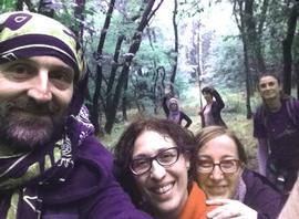 Giovagnoli nel bosco durante un seminario