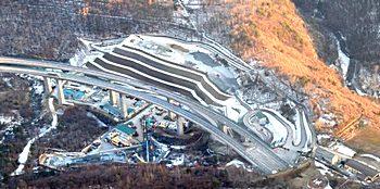 L'enorme cantiere per il mini-tunnel esplorativo di Chiomonte