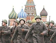Soldati-russi-in-uniforme-storica