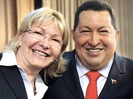 Luisa Ortega Diaz con Hugo Chavez
