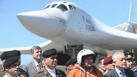 Uno dei Tupolev Tu-160 atterrati in Venezuela