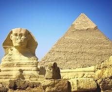 La Sfinge e la piramide di Cheope