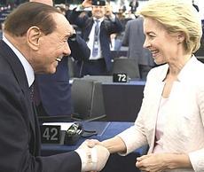 Berlusconi con Ursula von der Leyen
