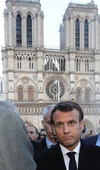 Macron a Notre-Dame
