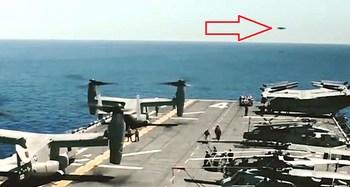 Un Ufo fotografato da una portaerei Usa