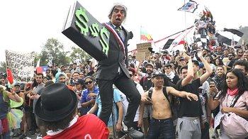 La protesta popolare a Santiago del Cile