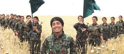 Reparto militare femminile curdo