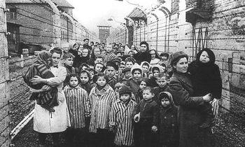Bambini-ebrei-prigionieri-dei-nazisti
