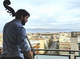 Musicista sul balcone