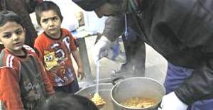 Bambini in Grecia alle prese con la fame