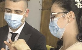 Matrimonio con mascherine